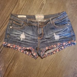 Hot Kiss shorts size 11 distressed floral